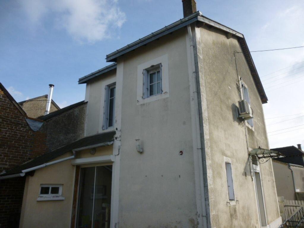 Achat Maison 5 pièces à Château-Renault - vignette-4