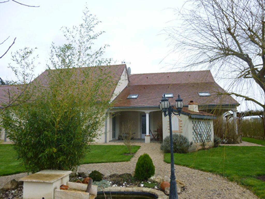 Achat Maison 7 pièces à Neuville-sur-Brenne - vignette-1