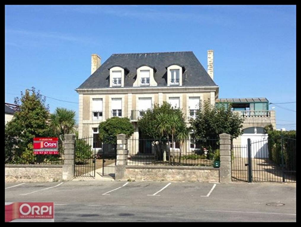 Location Appartement 4 pièces à Port-Louis - vignette-1