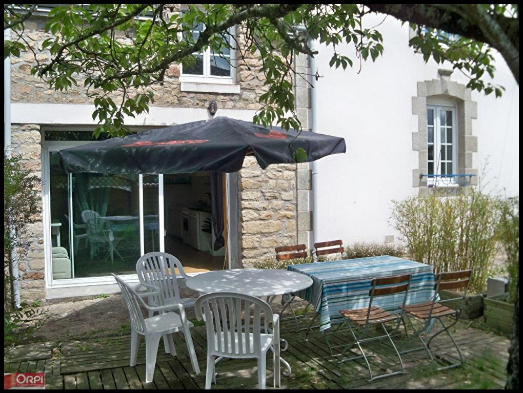 Location Maison 6 pièces à Kervignac - vignette-1