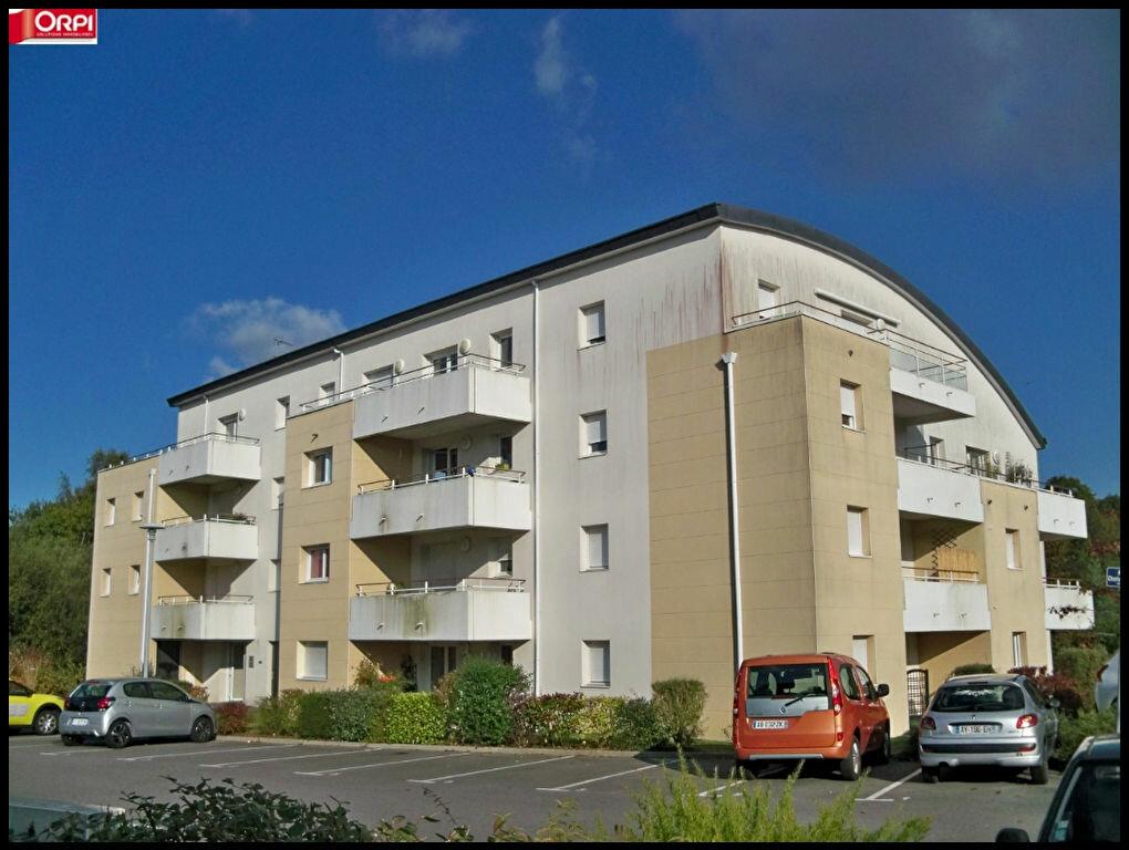 Achat Appartement 1 pièce à Hennebont - vignette-1