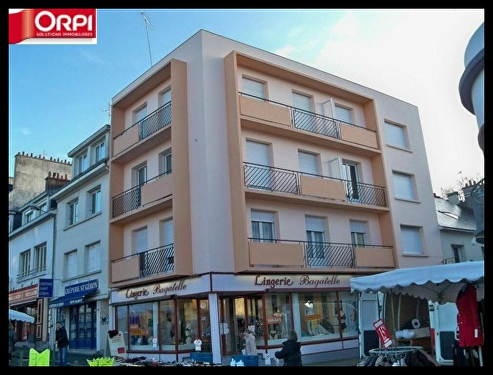 Location Appartement 2 pièces à Hennebont - vignette-1