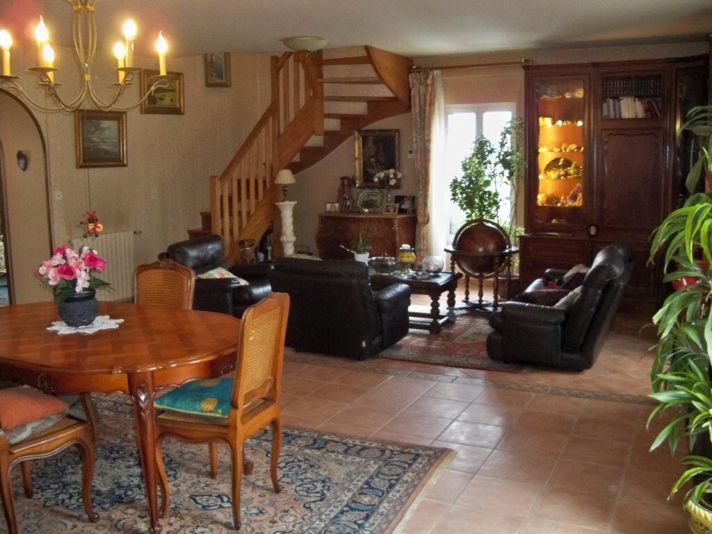 Achat Appartement 5 pièces à Larmor-Plage - vignette-1