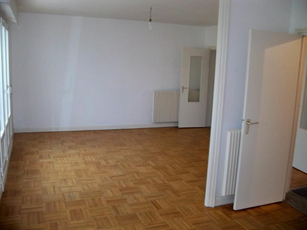 Achat Appartement 6 pièces à Lorient - vignette-1