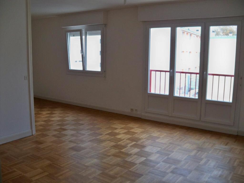 Achat Appartement 6 pièces à Lorient - vignette-6