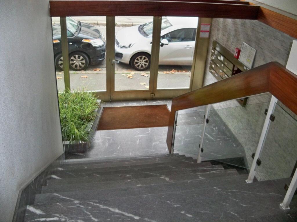 Achat Appartement 6 pièces à Lorient - vignette-9