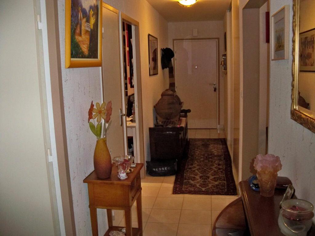 Achat Appartement 4 pièces à Lorient - vignette-3