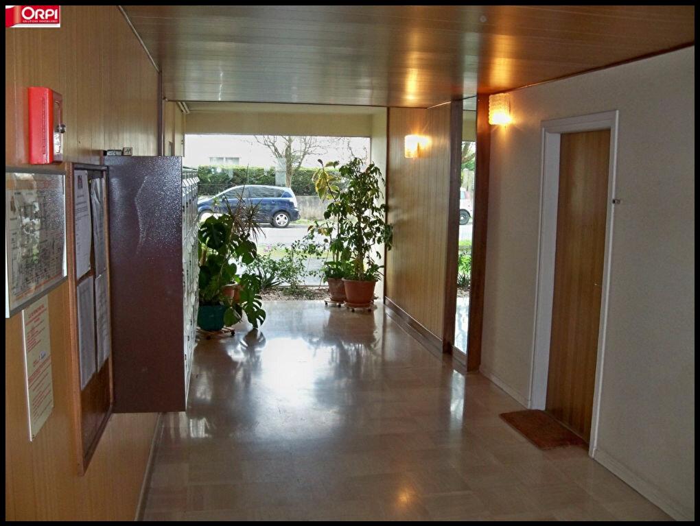 Achat Appartement 4 pièces à Lorient - vignette-2