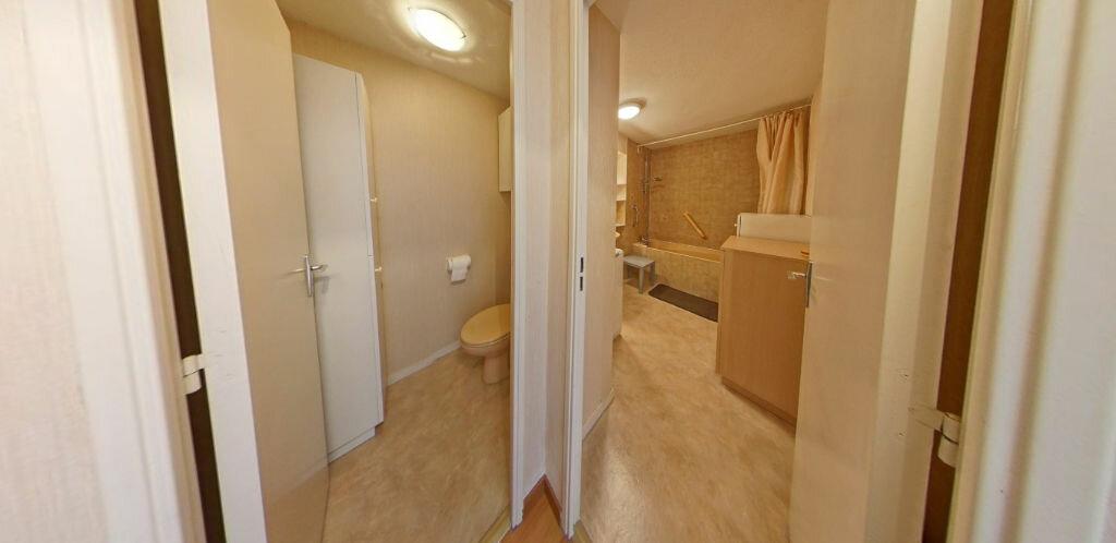 Location Appartement 2 pièces à Larmor-Plage - vignette-8