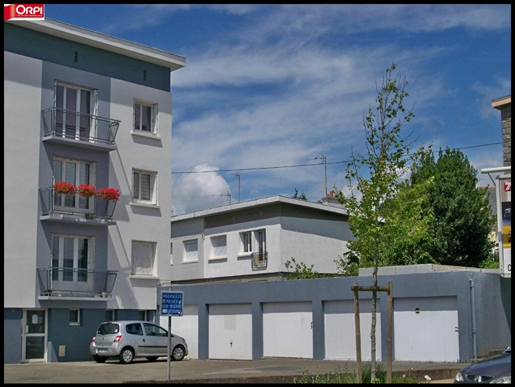 Location Stationnement  à Lorient - vignette-1