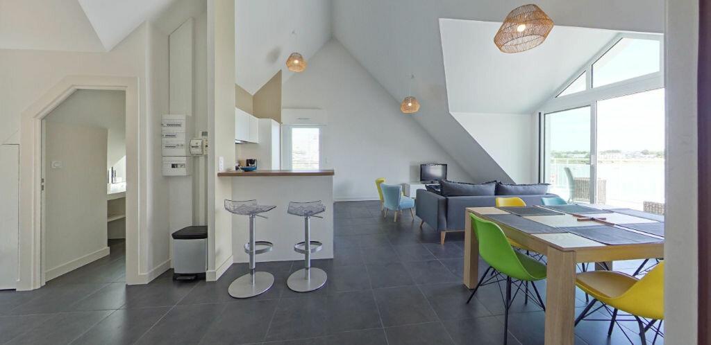 Location Appartement 3 pièces à Larmor-Plage - vignette-2