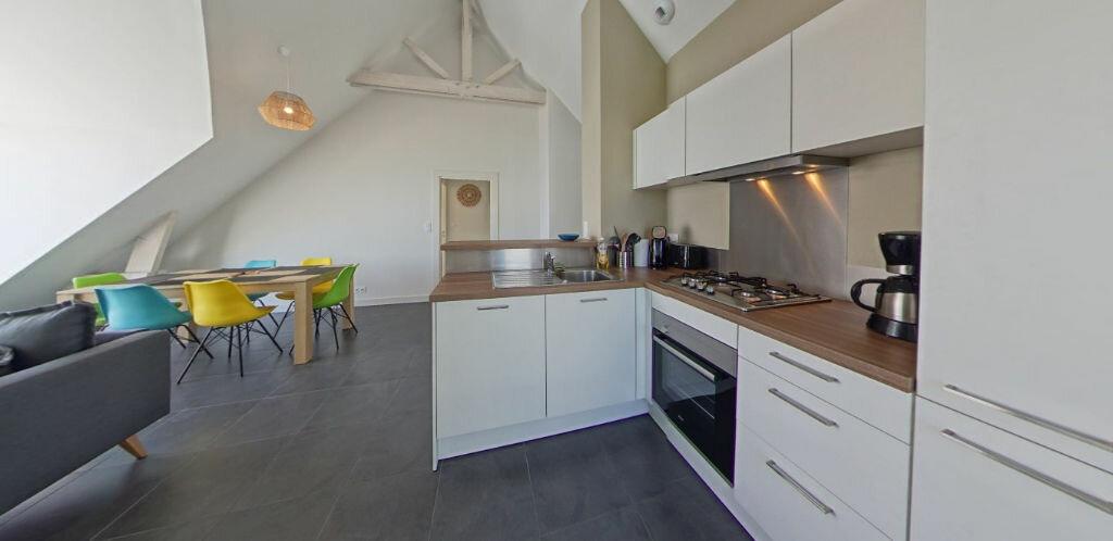 Location Appartement 3 pièces à Larmor-Plage - vignette-8