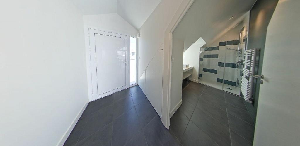 Location Appartement 3 pièces à Larmor-Plage - vignette-11