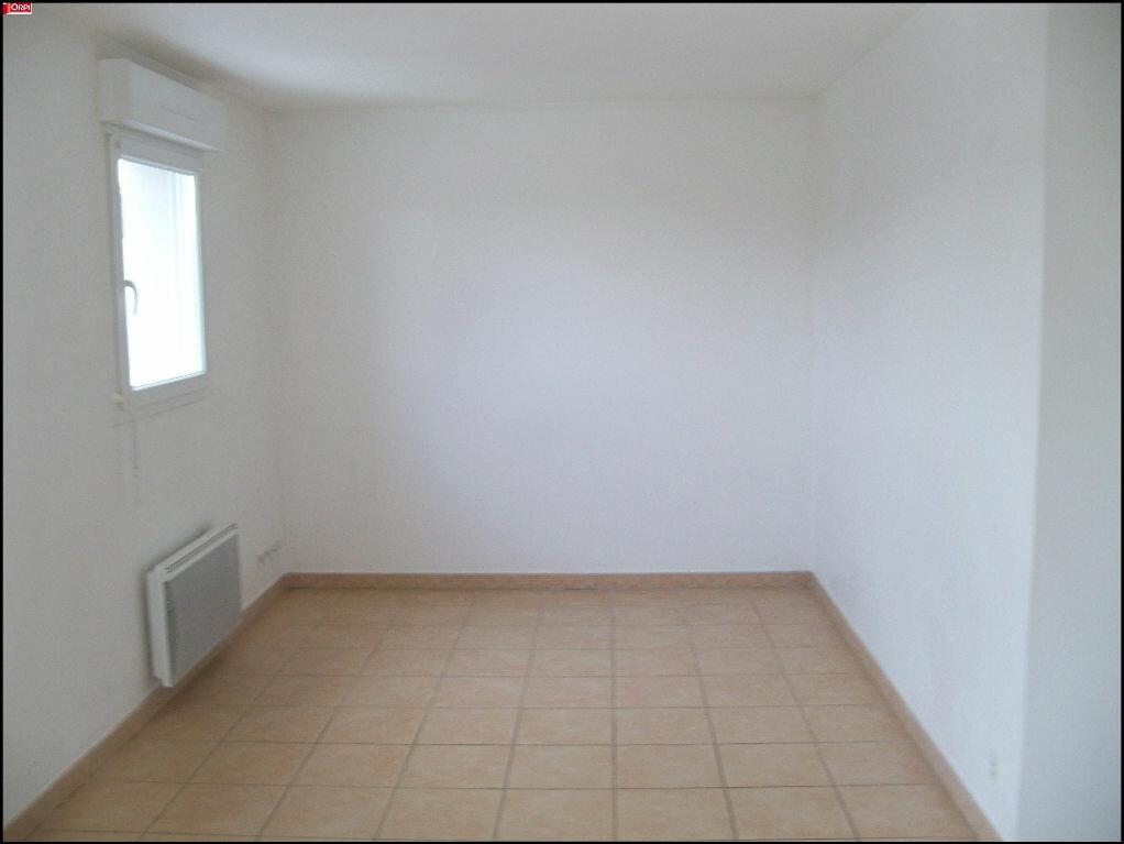Location Appartement 2 pièces à Hennebont - vignette-5