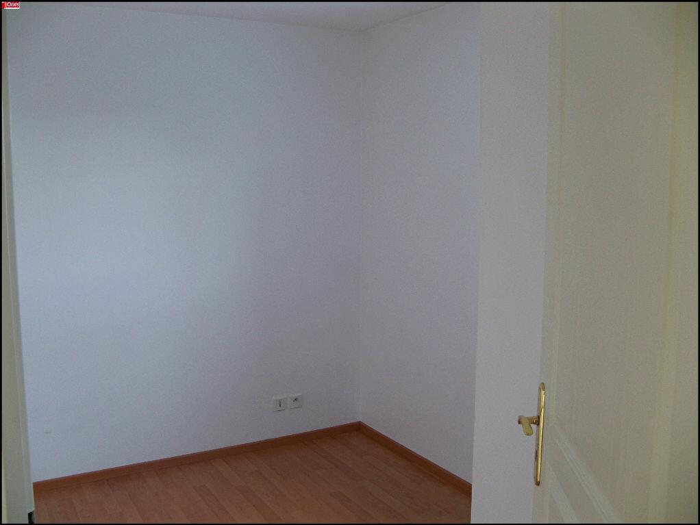 Location Appartement 2 pièces à Hennebont - vignette-6