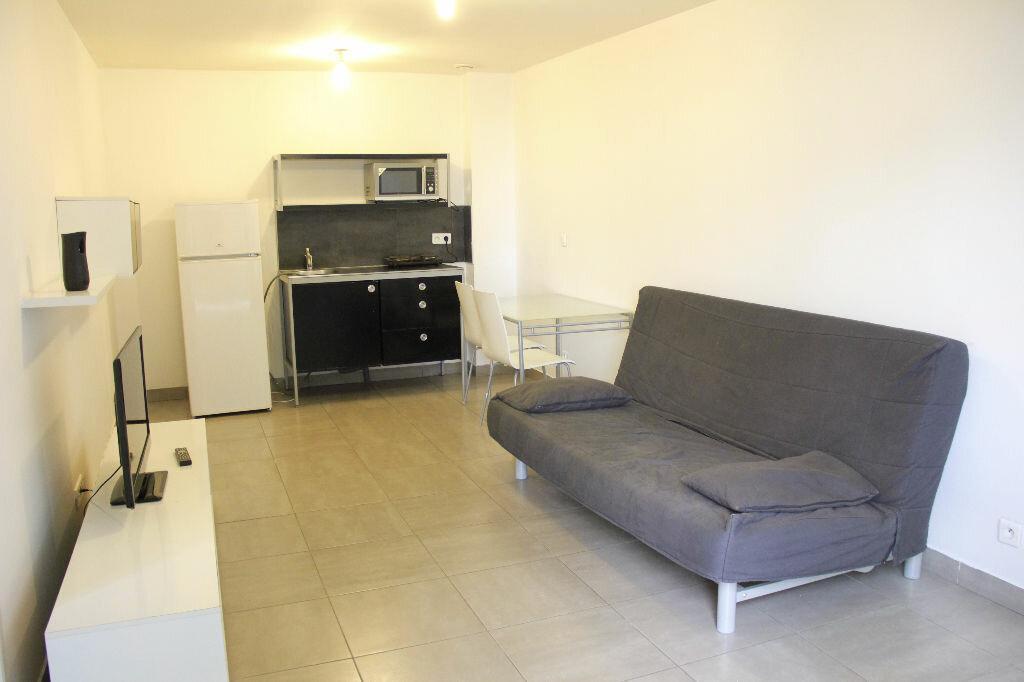 Achat Appartement 2 pièces à Les Lilas - vignette-1