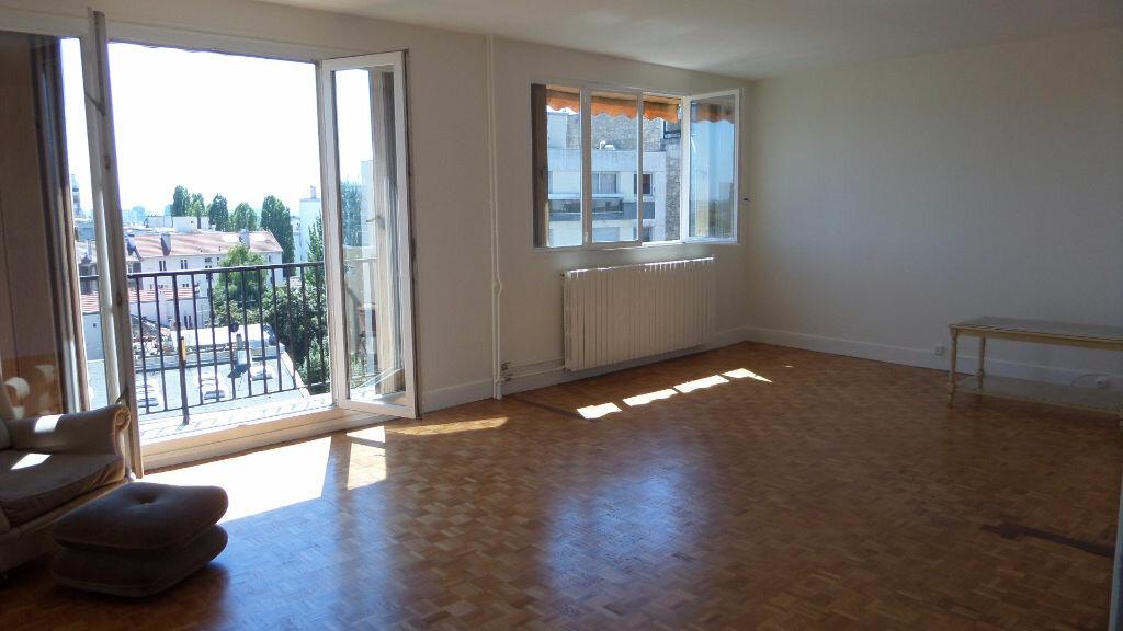 Location Appartement 4 pièces à Les Lilas - vignette-1