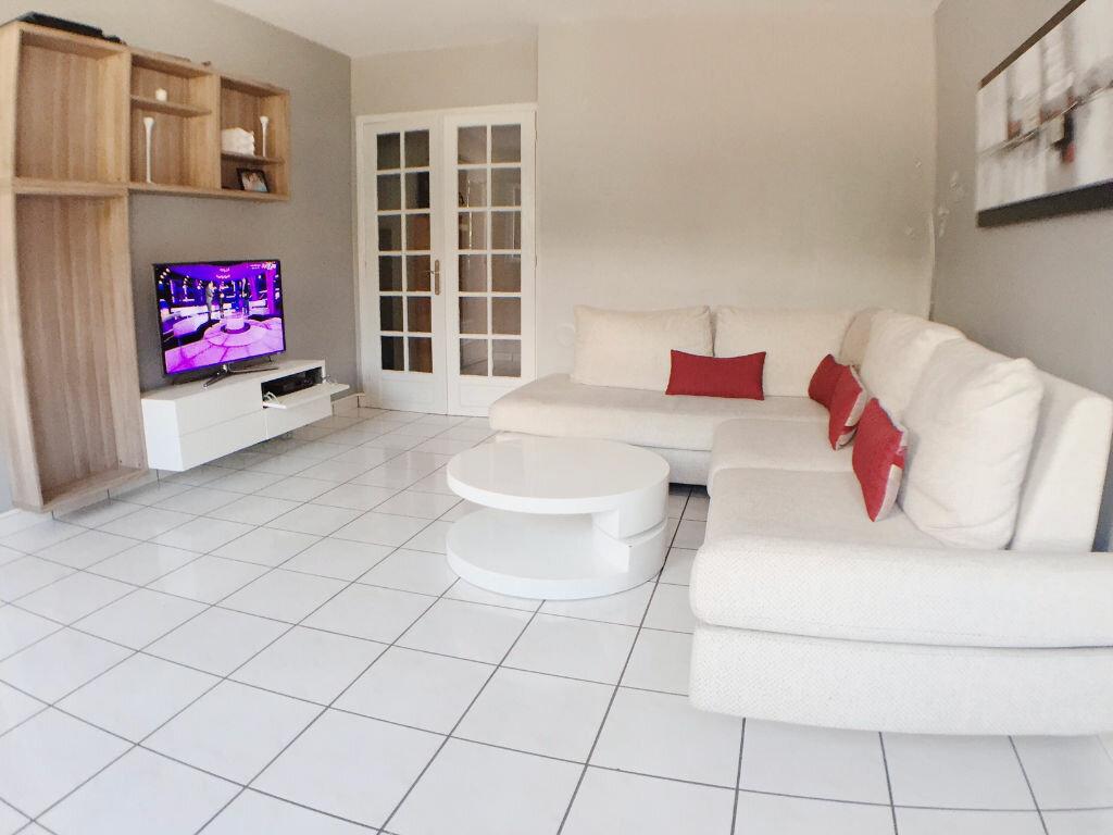 Achat Appartement 3 pièces à Bagnolet - vignette-1
