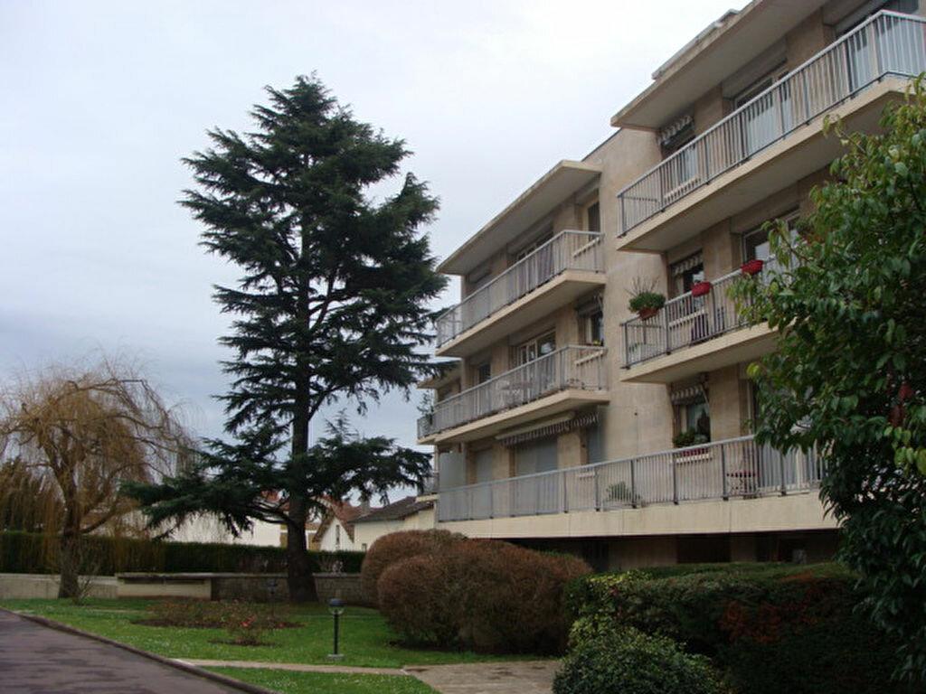 Achat Appartement 2 pièces à Chaville - vignette-1