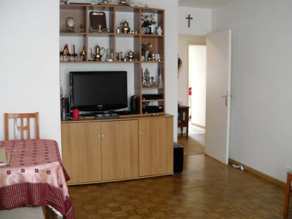 Achat Appartement 3 pièces à Versailles - vignette-3