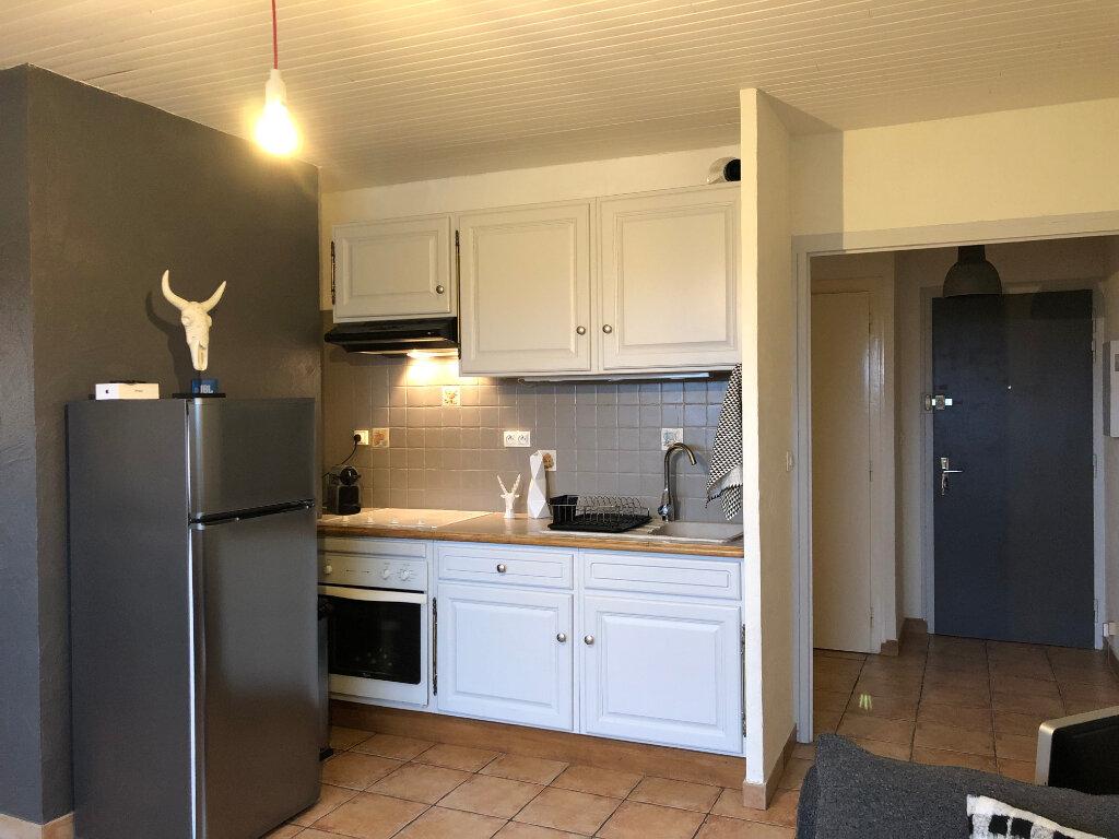 Location Appartement 2 pièces à Veigy-Foncenex - vignette-3