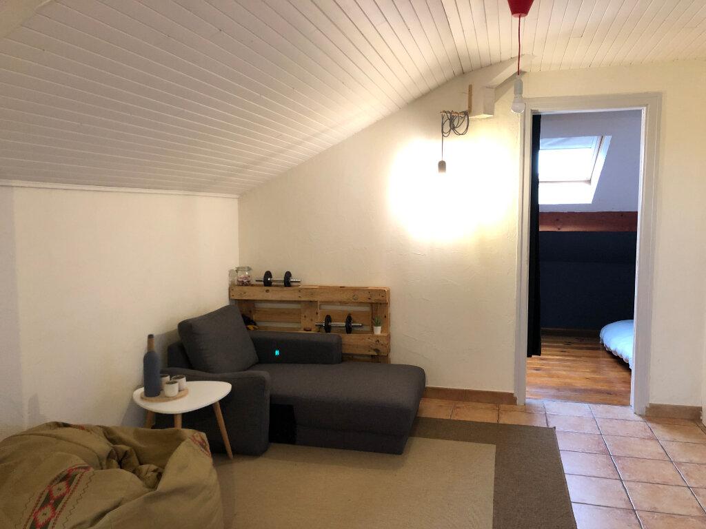 Location Appartement 2 pièces à Veigy-Foncenex - vignette-4