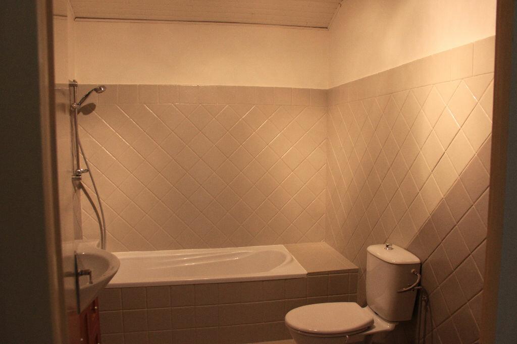 Location Appartement 2 pièces à Veigy-Foncenex - vignette-5