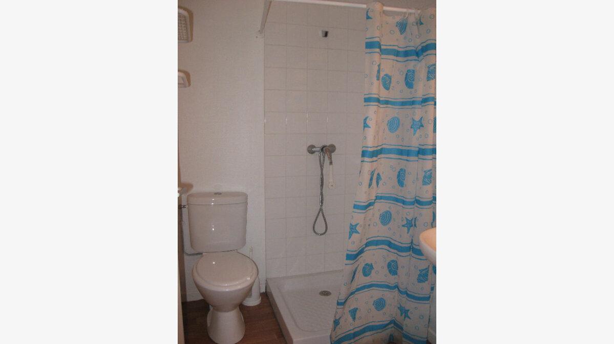 Location Appartement 1 pièce à Mont-de-Marsan - vignette-4