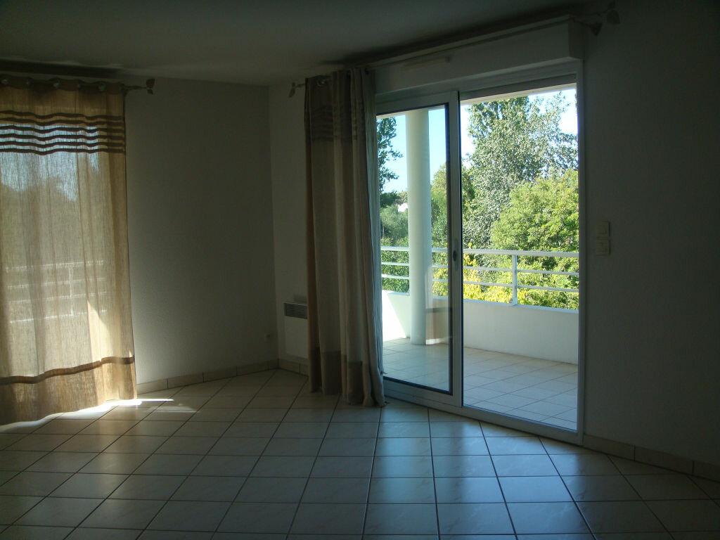 Achat Appartement 3 pièces à Mont-de-Marsan - vignette-2