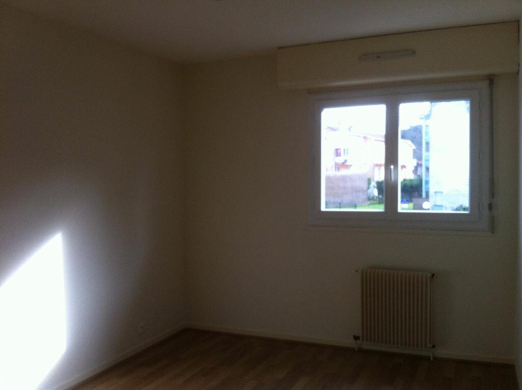 Location Appartement 4 pièces à Mont-de-Marsan - vignette-7