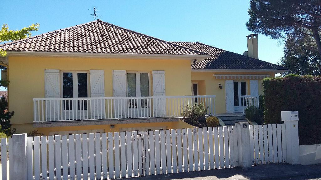 Achat Maison 7 pièces à Mont-de-Marsan - vignette-1