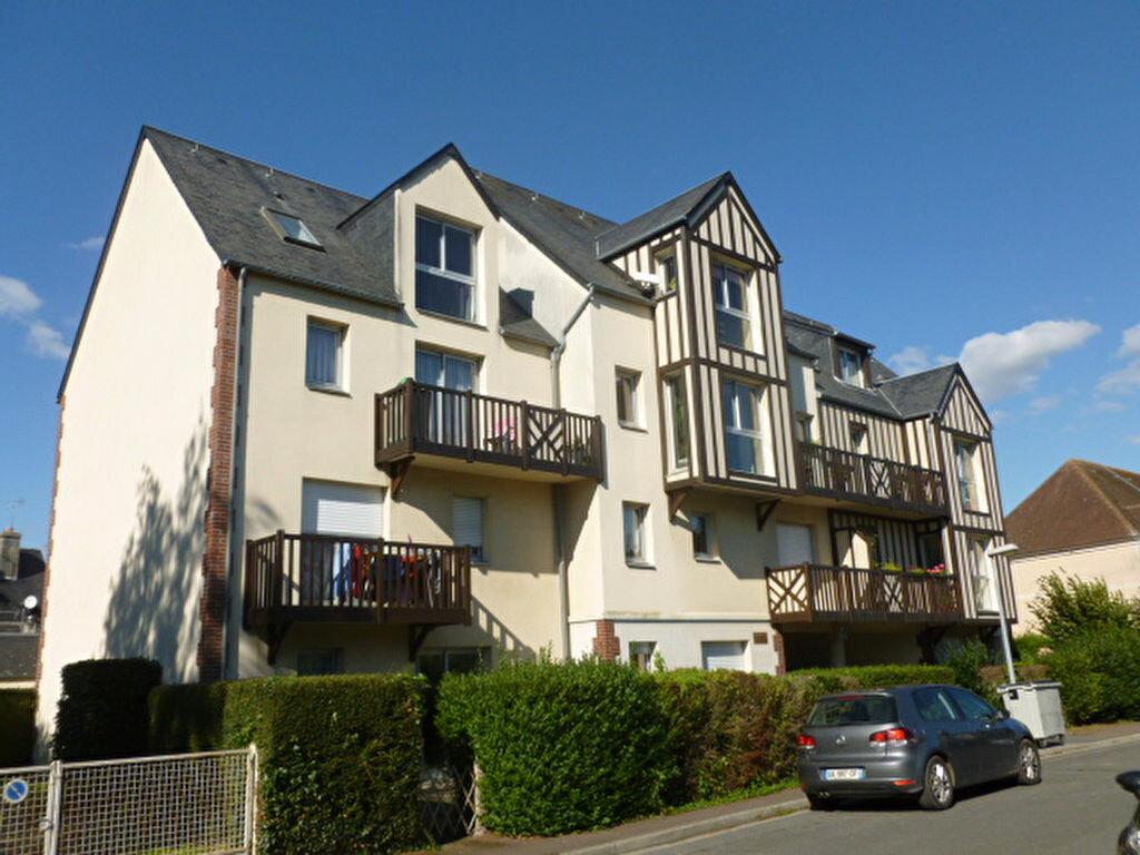 Location Appartement 2 pièces à Pont-l'Évêque - vignette-1