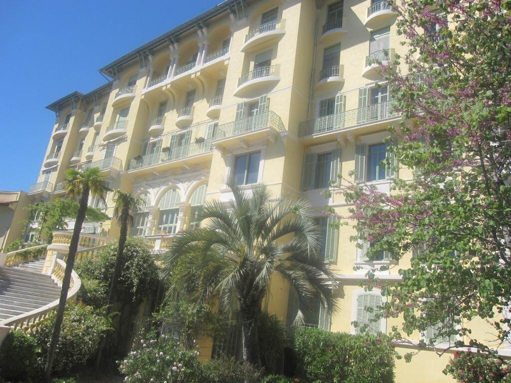 Achat Appartement 4 pièces à Fréjus - vignette-2