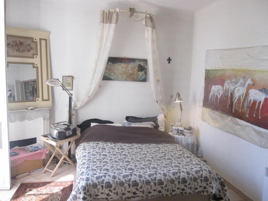 Achat Maison 4 pièces à Saint-Raphaël - vignette-2
