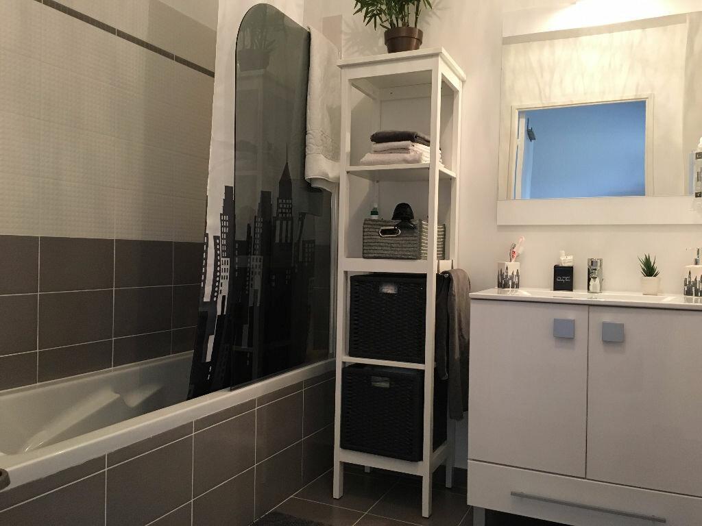 Achat Appartement 2 pièces à Fréjus - vignette-4