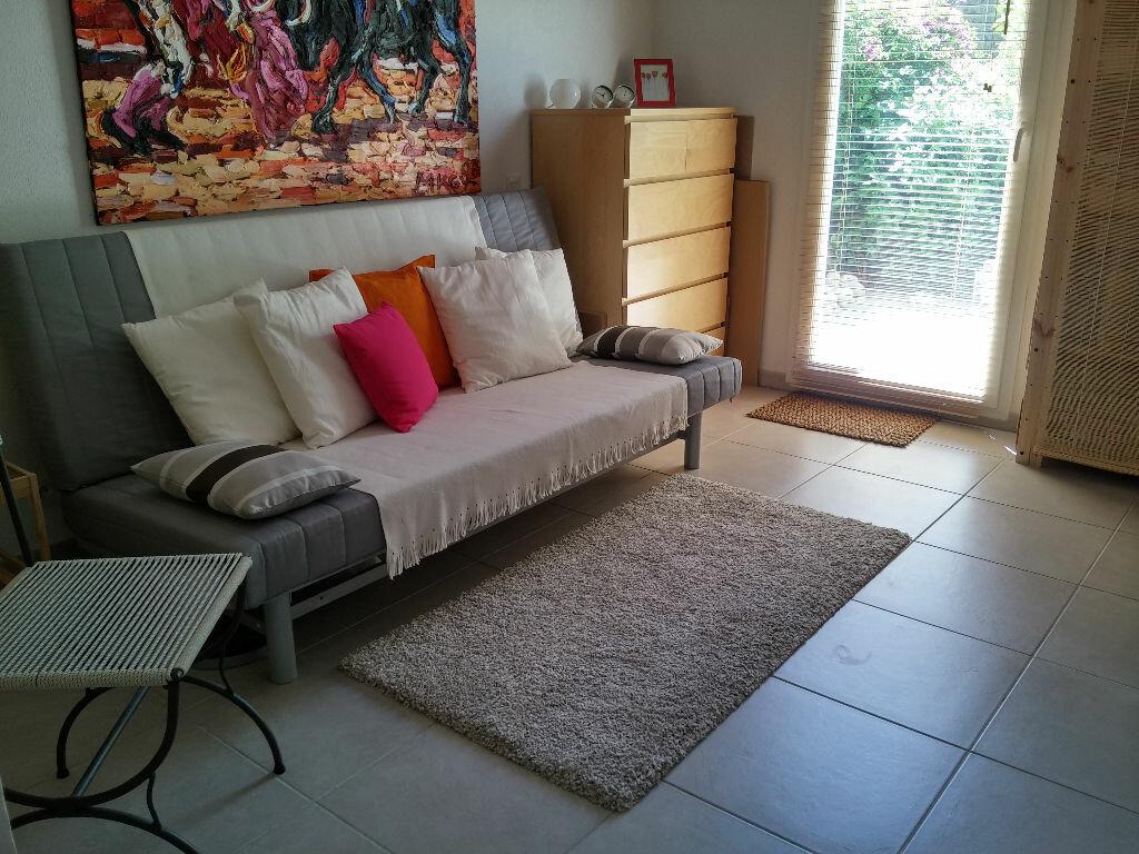 Achat Appartement 3 pièces à Fréjus - vignette-6