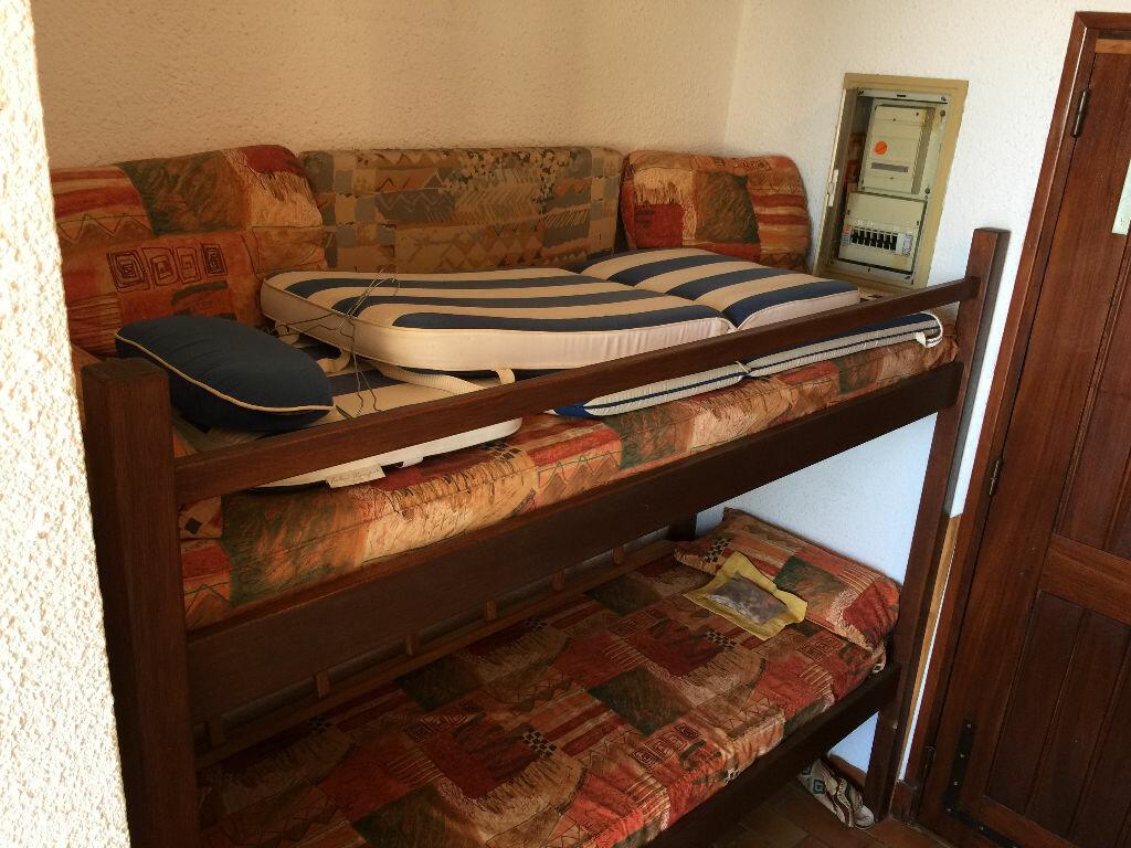 Achat Appartement 1 pièce à Fréjus - vignette-4