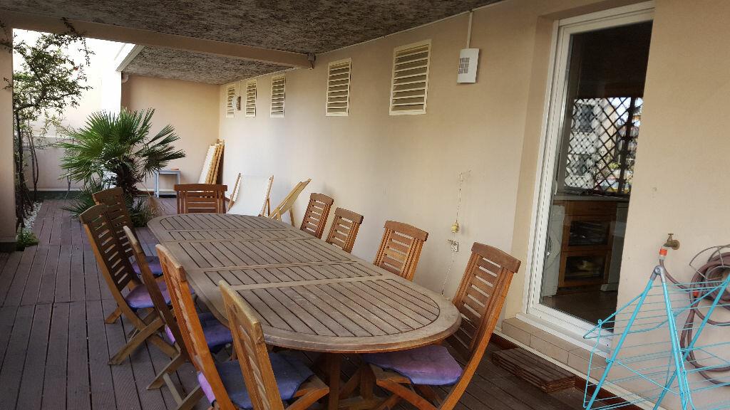 Achat Appartement 4 pièces à Saint-Raphaël - vignette-1