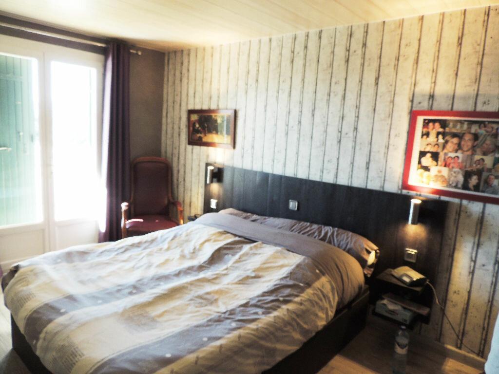 Achat Maison 4 pièces à Saint-Raphaël - vignette-6