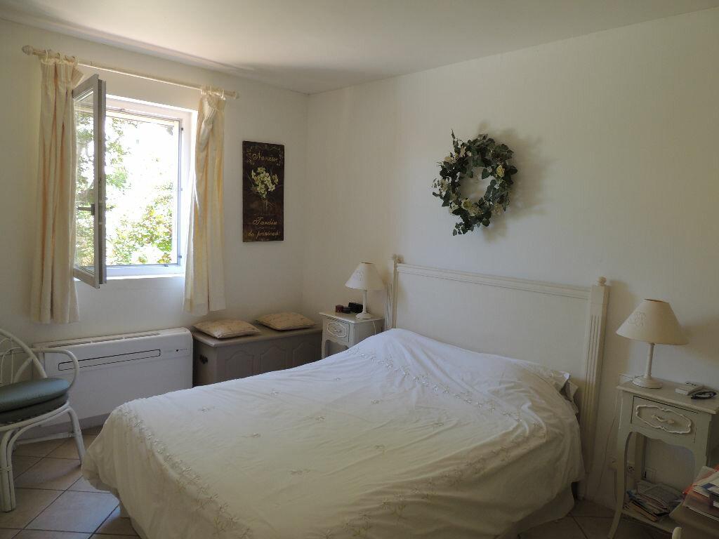 Achat Maison 5 pièces à Roquebrune-sur-Argens - vignette-10