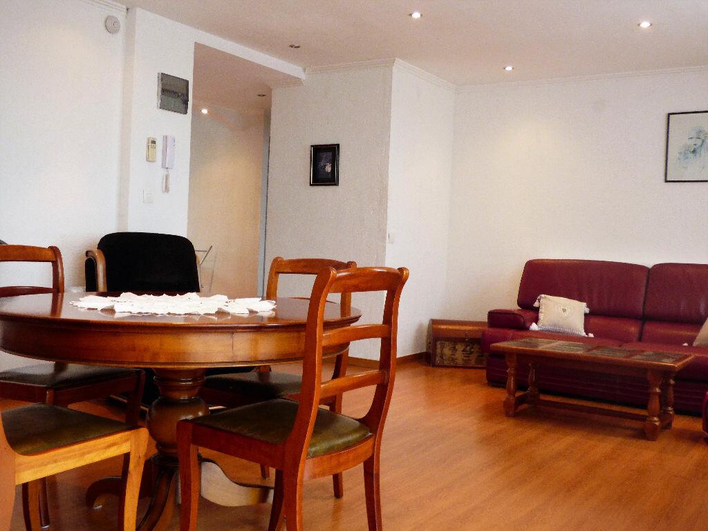 Achat Appartement 2 pièces à Saint-Raphaël - vignette-8