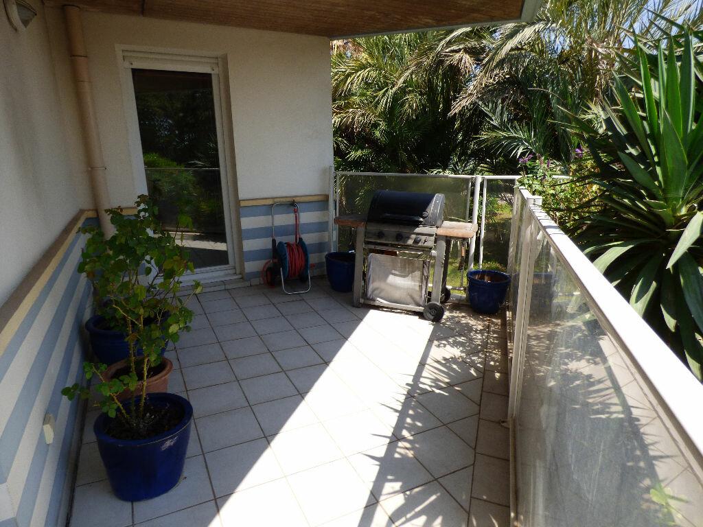 Achat Appartement 3 pièces à Saint-Raphaël - vignette-9