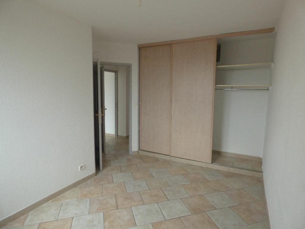 Achat Appartement 4 pièces à Fréjus - vignette-4