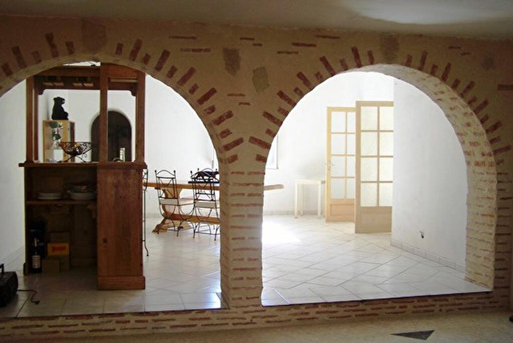 Achat Maison 5 pièces à Saint-Pierre-de-Clairac - vignette-1