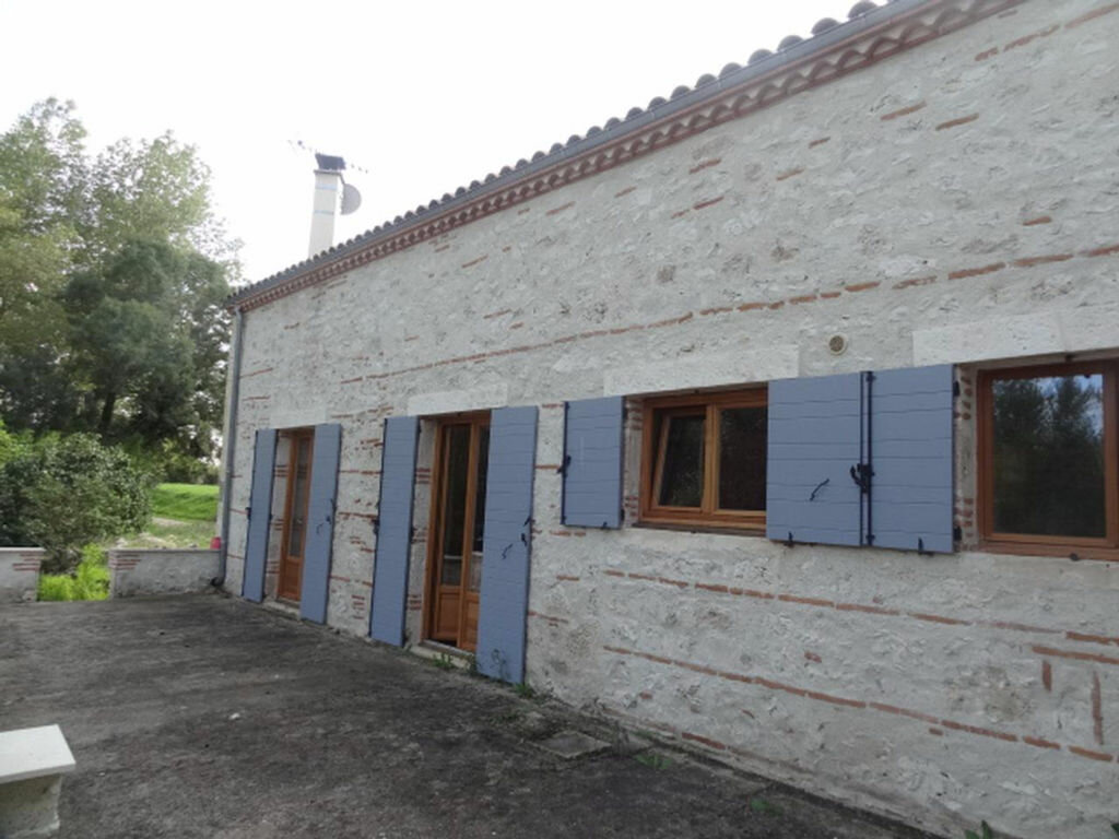 Achat Maison 5 pièces à Sainte-Colombe-en-Bruilhois - vignette-1