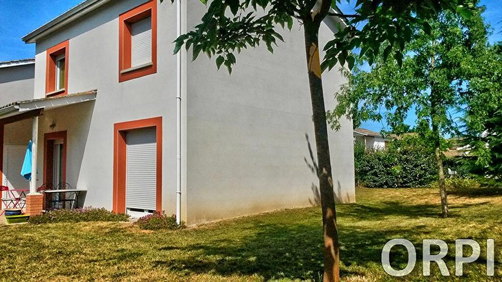 Location Maison 4 pièces à Boé - vignette-1