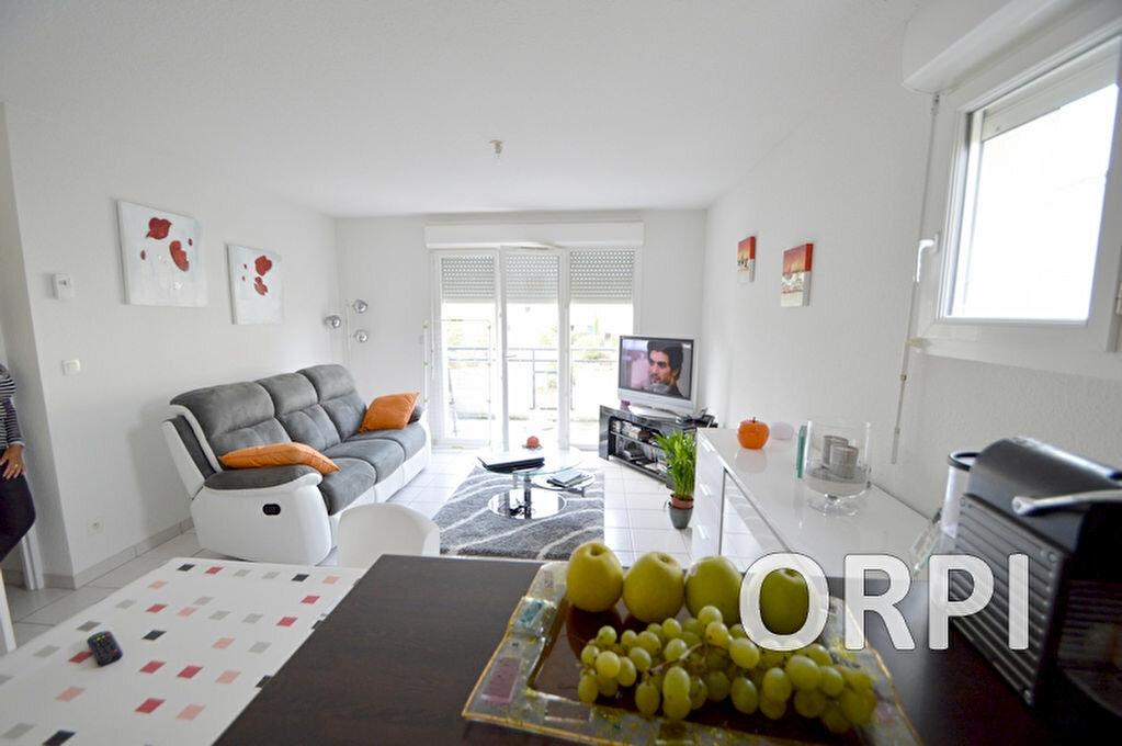 Achat Appartement 3 pièces à Estillac - vignette-2