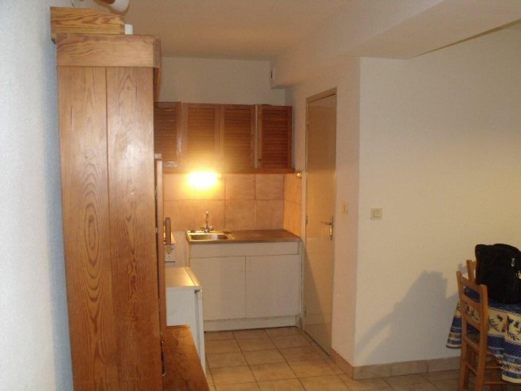 Location Appartement 1 pièce à Pézenas - vignette-2