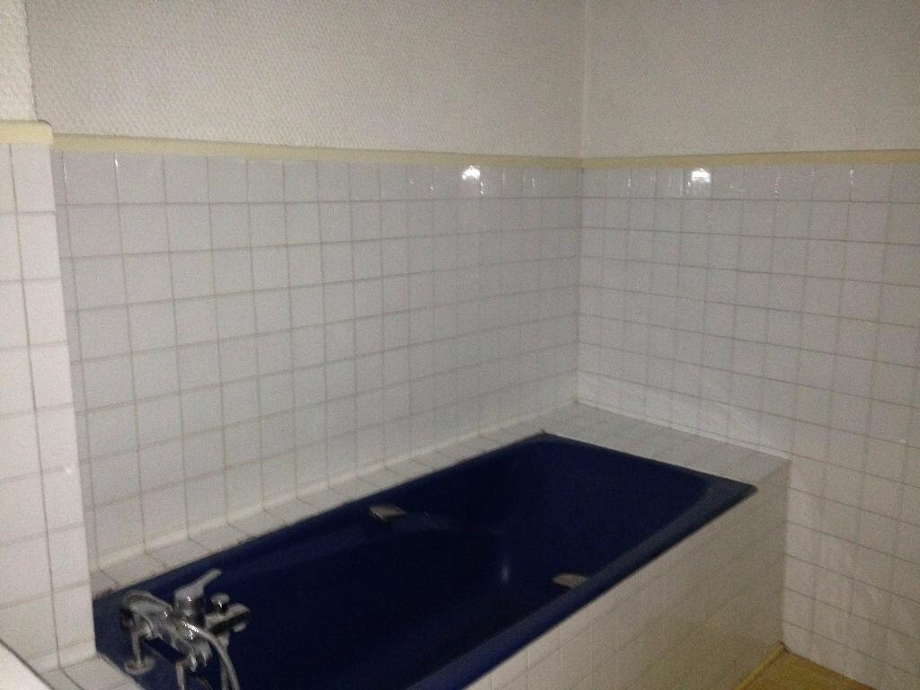 Achat Appartement 3 pièces à Pézenas - vignette-9