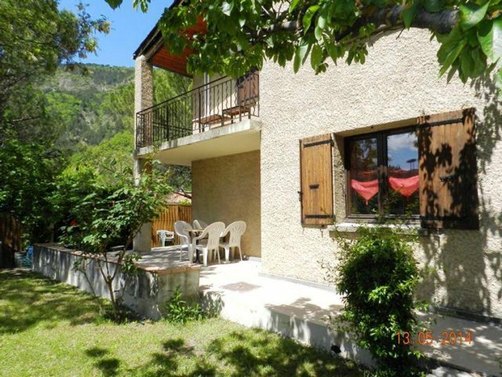 Achat Maison 11 pièces à Digne-les-Bains - vignette-1